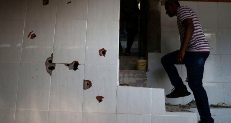 Βραζιλία: Οι σφαίρες έπεφταν σαν το χαλάζι στις φαβέλες του Ρίο (Φωτό)
