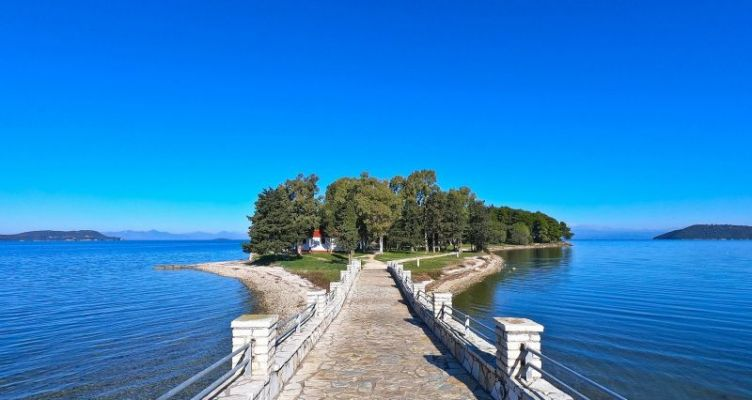 Βόνιτσα Αιτ/νίας: Το νησάκι της Κουκουμίτσας ονειρική και απόκοσμη (Bίντεο)