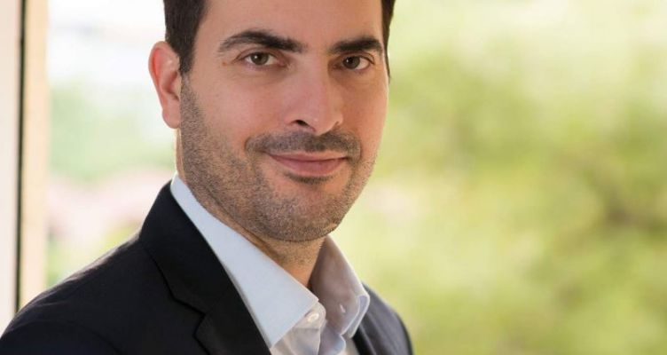 Ο Αγρινιώτης Νίκος Κατσένης διεκδικεί δυναμικά τον Δήμο Π. Φαλήρου – Συνέντευξη στο AgrinioTimes.gr