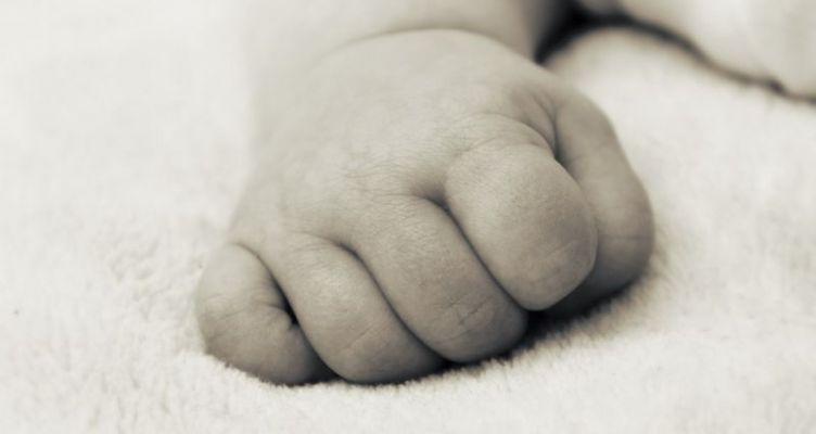 Απίστευτο: Γέννησε δίδυμα ένα μήνα μετά τη γέννηση του γιου της