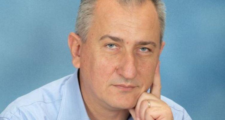 Νίκος Κωστακόπουλος-Μονοπάτια: Οι «Λεωφόροι του Μέλλοντος»
