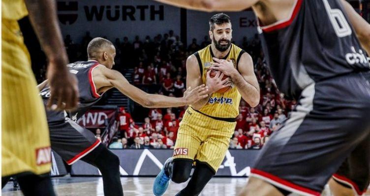 Basketball Champions League: Ηττήθηκε με 71-67 η Α.Ε.Κ. αλλά ελπίζει σε πρόκριση