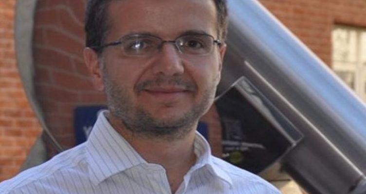 Δημήτρης Ψάλτης: Ο Έλληνας αστροφυσικός που επαλήθευσε θεωρία του Αϊνστάιν