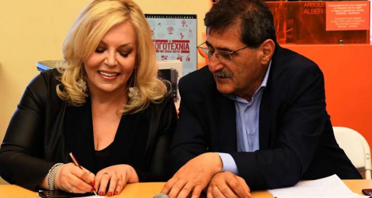 Ο Δήμαρχος Πατρέων, Κώστας Πελετίδης, στην παρουσίαση βιβλίου της Σεμίνας Διγενή