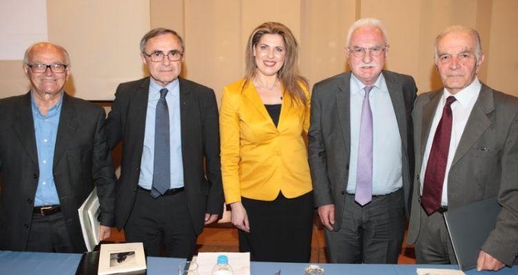 Με απόλυτη επιτυχία στέφτηκε η παρουσίαση του βιβλίου της Αγρινιώτισσας Χρυσούλας Τασολάμπρου