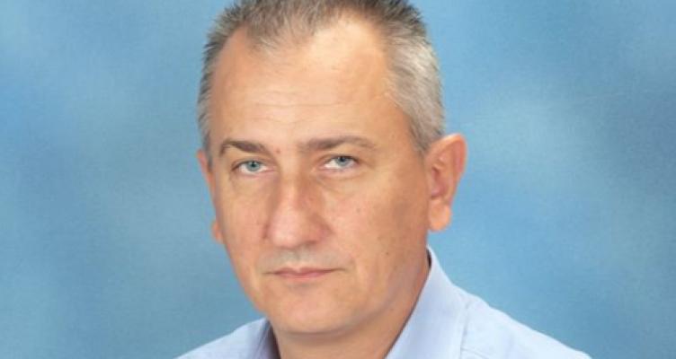 Νίκος Σ. Κωστακόπουλος: Πίσω ολοταχώς ή μπροστά τώρα;