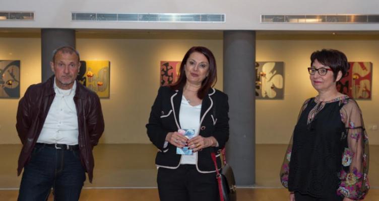 «Παράλληλη Αναζήτηση»: Έκθεση ζωγραφικής στο Αγρίνιο της Μελάνιας Κοσμοπούλου
