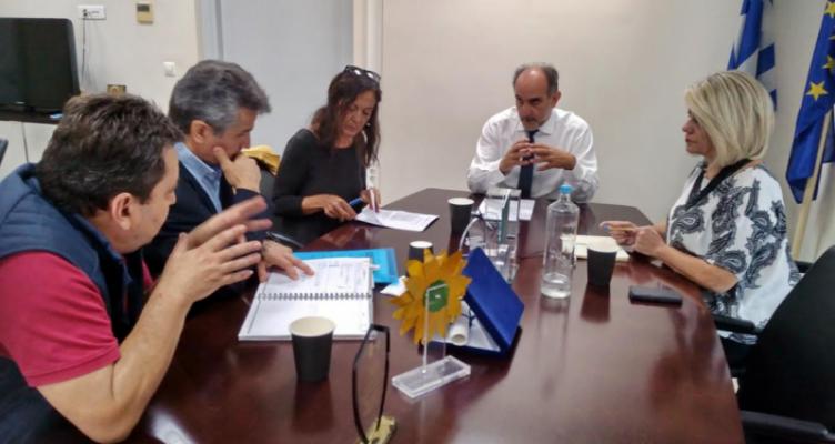 Η Περιφέρεια χρηματοδοτεί την επισκευή ασθενοφόρων του ΕΚΑΒ Πάτρας