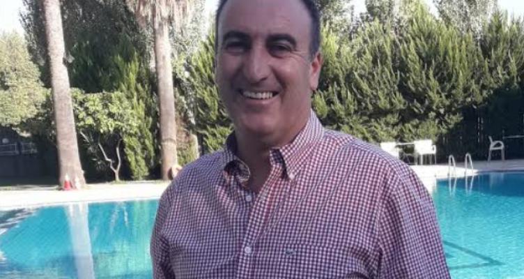 Αγρίνιο: Ένας άνθρωπος της διπλανής πόρτας ζητά τη ψήφο μας!
