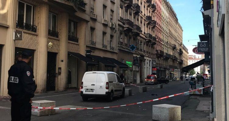 Βομβιστική επίθεση στη Λιόν
