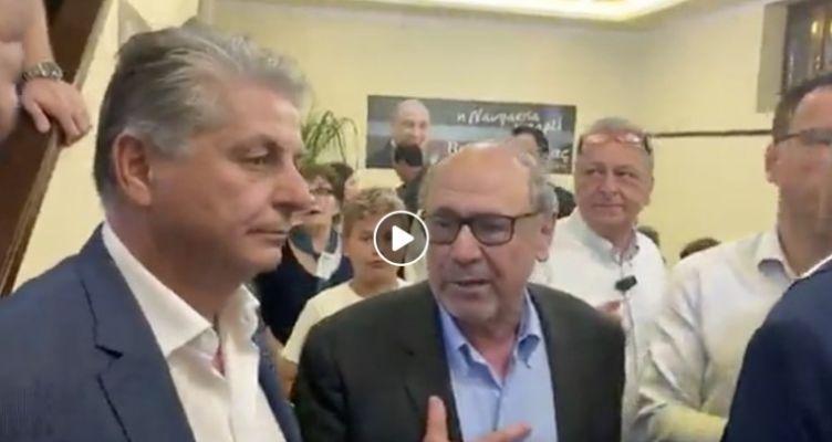 Ο Τάκης Λουκόπουλος στο εκλογικό κέντρο του νέου Δημάρχου Ναυπακτίας (Βίντεο)