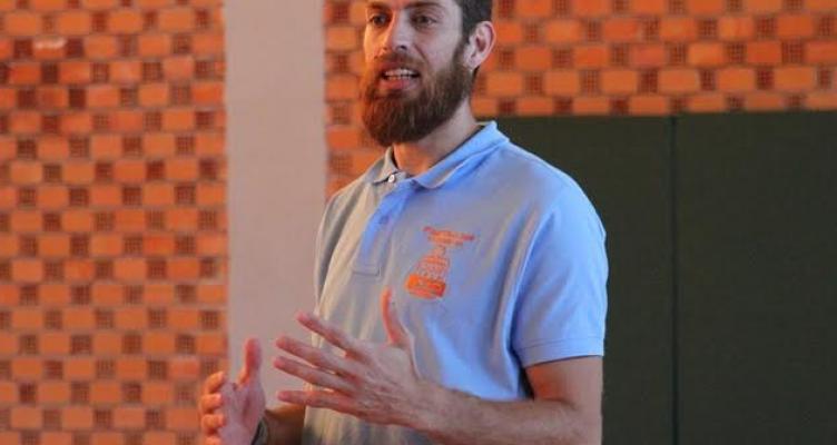 Ο Αιτ/νας Μιχάλης Πελεκάνος για την 1η ημέρα του Basketball Camp (Βίντεο)