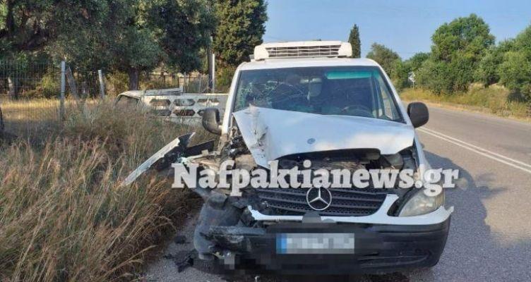 Πλατανίτη Ναυπακτίας: Σφοδρή σύγκρουση δυο οχημάτων χωρίς τραυματισμό (Βίντεο – Φωτό)