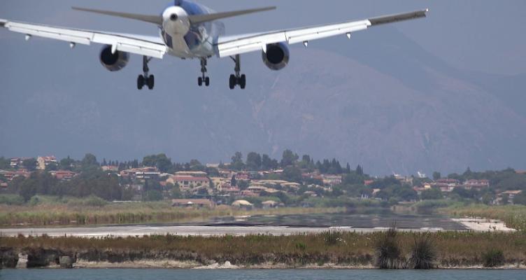 Πώς τα ραντάρ φρενάρουν τον τουρισμό στη Δυτική Ελλάδα