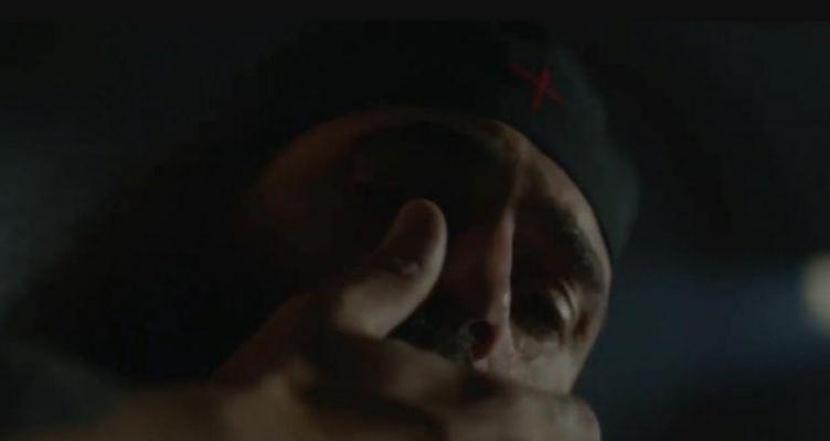 Άνθιμος Ανανιάδης: Το πρώτο trailer του γκάνγκστερ μοναχού με… Μίκη Θεοδωράκη! (Βίντεο)