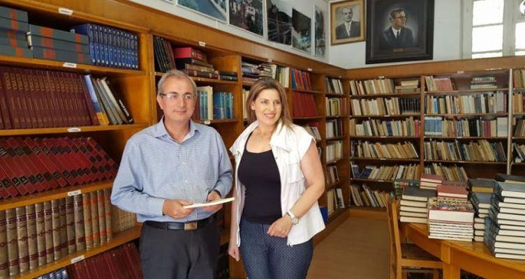 Συνάντηση Κωνσταντάρα – Τασολάμπρου στη Δημοτική Βιβλιοθήκη Θέρμου (Φωτό)