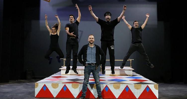 Στην Κουκουμίτσα Βόνιτσας η θεατρική παράσταση «ΜΑΜ» από το ΔΗ.ΠΕ.ΘΕ. Πάτρας