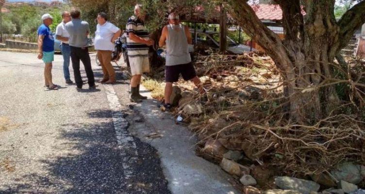 Περιοδεία του Κ.Κ.Ε. στις πληγείσες περιοχές Ναυπακτίας (Φωτό)