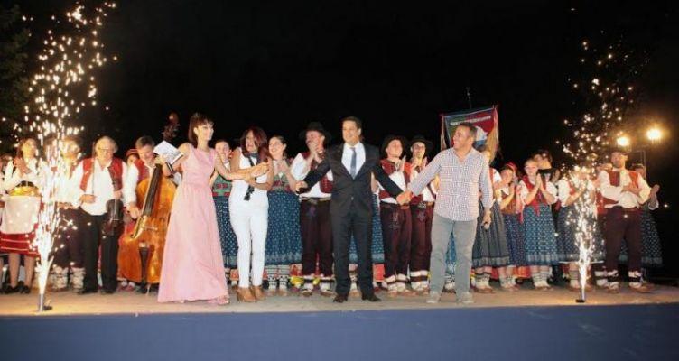 Αγρίνιο: Παρέλαση χορευτικών συγκροτημάτων από 9 χώρες – Το πρόγραμμα