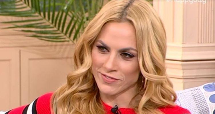 Ντορέττα Παπαδημητρίου: Κόβει την ανάσα με τις σέξι πόζες της! (Φωτό)