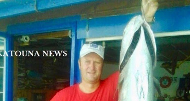 Πάλαιρος: Τεράστιο ψάρι 40 κιλών έτοιμο για τα κάρβουνα (Φωτό)