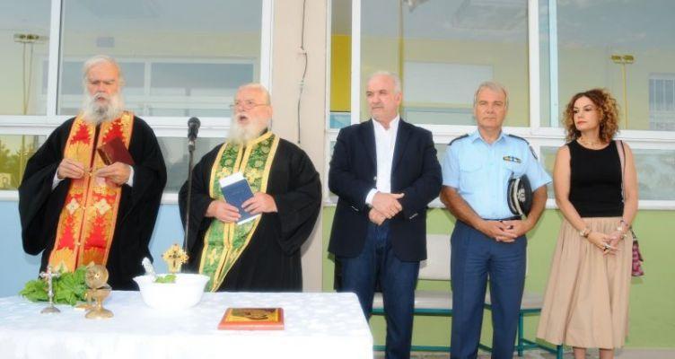 Στις τελετές Αγιασμού του 1ου Δημοτικού Σχολείου και 2ου Λυκείου ο Δήμαρχος Ι. Π. Μεσολογγίου Κ. Λύρος