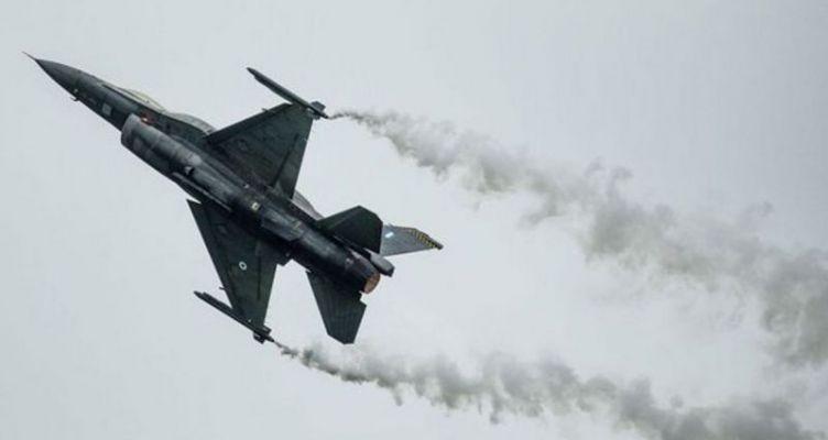 Βελγικό F-16 συνετρίβη στη Γαλλία – Ο πιλότος «πιάστηκε» σε καλώδια υψηλής τάσης