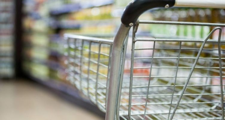 Ψώνια στο σούπερ μάρκετ: Αλλάζουν συνήθειες οι καταναλωτές