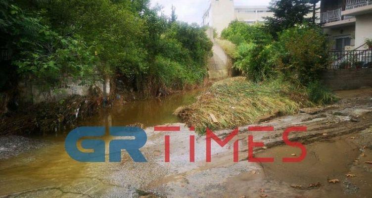 Ποτάμια οι δρόμοι στην Ευκαρπία – Τι καταγγέλλουν κάτοικοι
