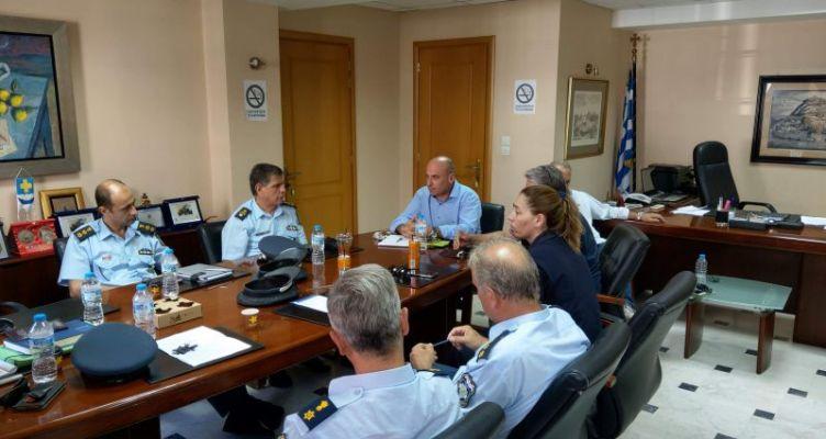 Δήμος Ναυπακτίας: Συνάντηση με τις Αστυνομικές και Λιμενικές Αρχές