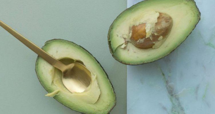 5 λόγοι υγείας για να τρως αβοκάντο κάθε μέρα