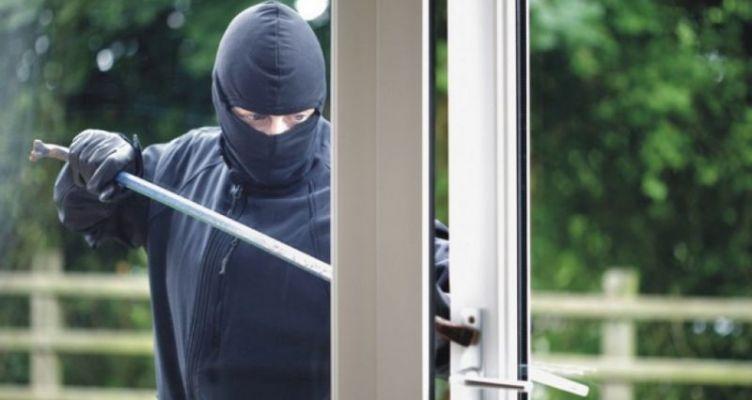 Μεσολόγγι: Διέρρηξαν σπίτια και αποπειράθηκαν να κλέψουν αλλά… συνελήφθησαν!
