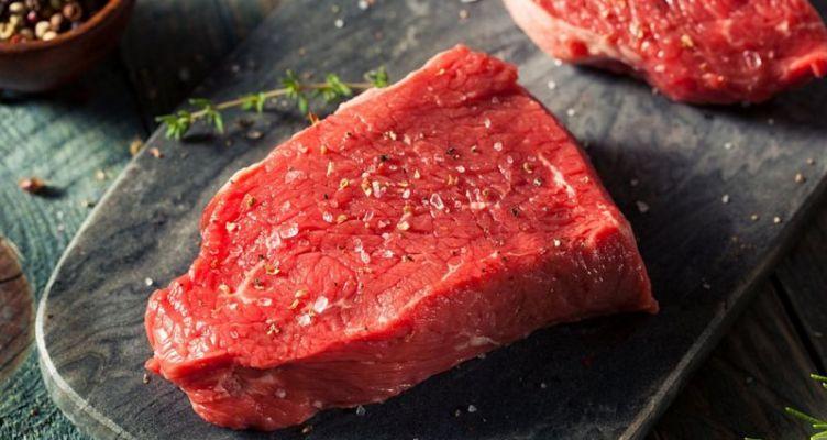 Πύργος: Έκλεψε 140 κιλά κρέατα από κρεοπωλεία