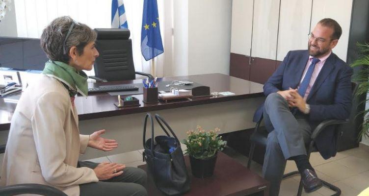 Συνάντηση του Ν. Φαρμάκη, με την Πρέσβη της Βρετανίας στην Ελλάδα, Κέιτ Σμιθ (Βίντεο)