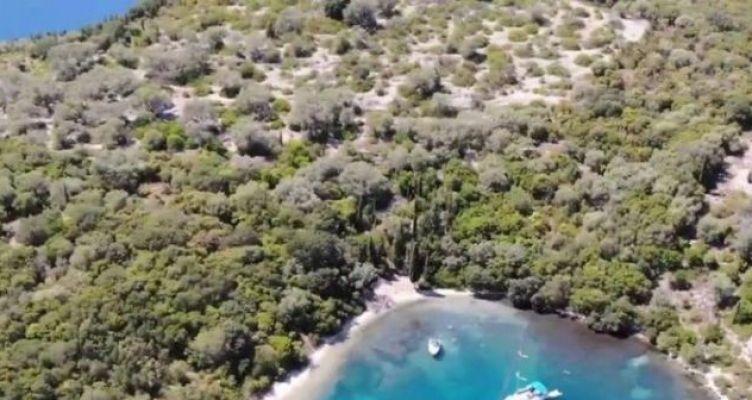 Νησίδα Θηλιά: Ο επίγειος παράδεισος του Ιονίου (Βίντεο)