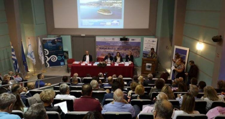 Ο Θ. Περδικάρης παρακολούθησε το συνέδριο Μικρών Νησιών στην Ιθάκη
