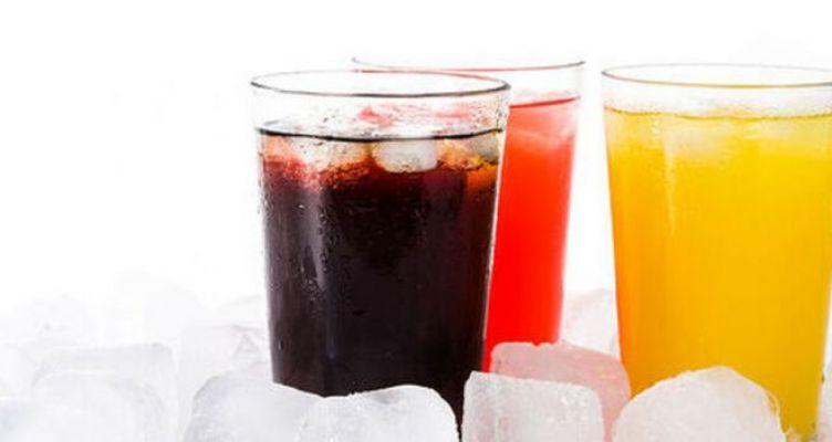 Τι προκαλούν τα αναψυκτικά στο στομάχι μας;