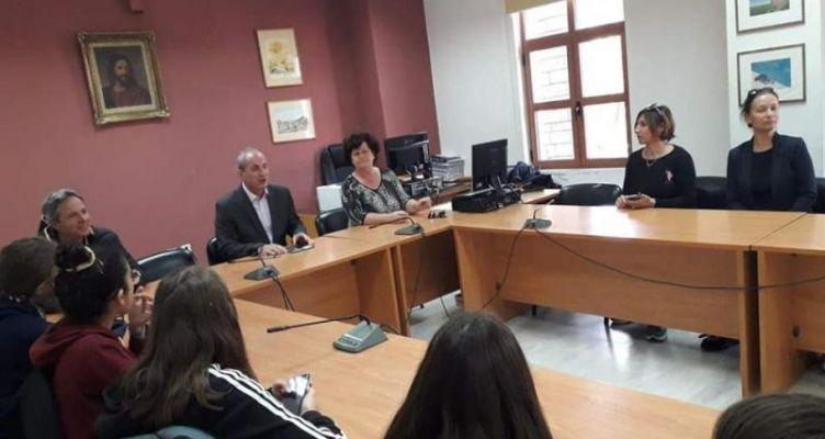 Το Δημαρχείο Θέρμου επισκέφτηκαν μαθητές και εκπαιδευτικοί από Γαλλία και Ιταλία