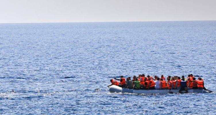 Τουρκία: Καταγγελίες για πυροβολισμούς πάνω από 100 φορές σε σκάφος με πρόσφυγες