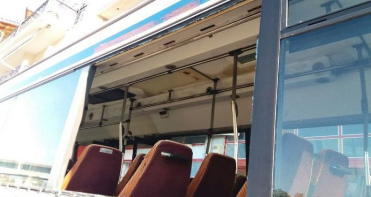 Μεσολόγγι: Επίθεση με πέτρα σε αστικό λεωφορείο που εκτελούσε δρομολόγιο