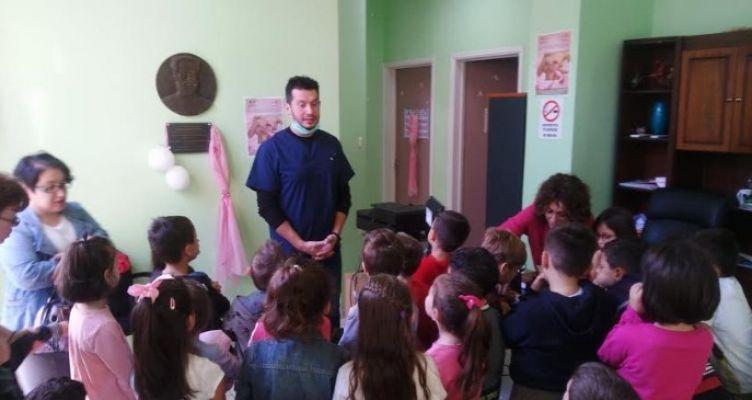 Δήμος Αγρινίου: «Δωρεάν προληπτικός οδοντιατρικός έλεγχος παιδιών»