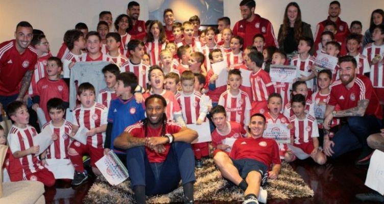 Αγρίνιο: Μοίρασαν χαμόγελα και αυτόγραφα οι παίκτες του Μαρτίνς! (Φωτό)