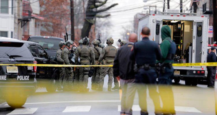 Αιματηρή ενέδρα στο Νιου Τζέρσεϊ: Ένοπλος άνοιξε πυρ, νεκρός ένας αστυνομικός