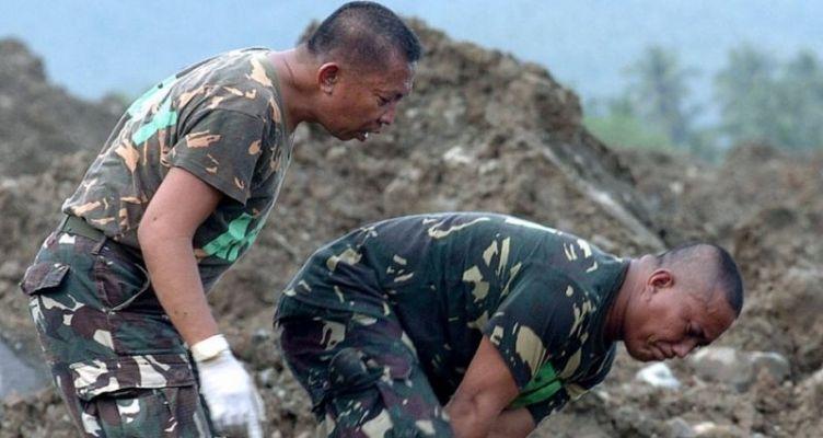Συναγερμός στις Φιλιππίνες: Επελαύνει ο τυφώνας Καμούρι
