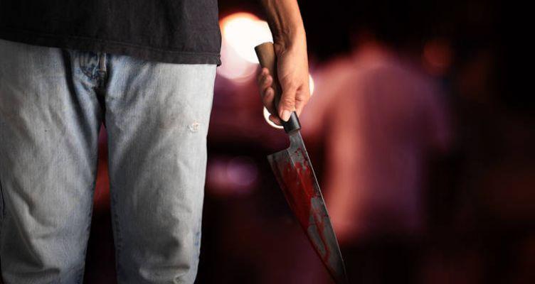 Άνδρας βρέθηκε μαχαιρωμένος στο σπίτι του