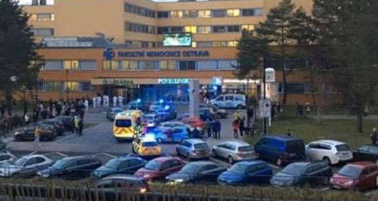 Τσεχία: Ένας άνδρας αυτοπυροβολήθηκε στο κεφάλι μετά την επίθεση