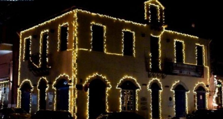 Ναύπακτος: Κλέβουν τον Χριστουγεννιάτικο Διάκοσμο από την Ψανή!