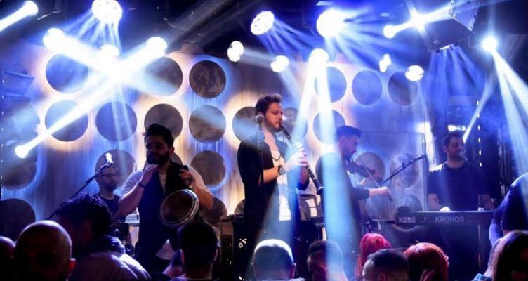 Οι«Άνω – Κάτω» καθιέρωσαν με το live τους την Κυριακή στην Θεσσαλονίκη