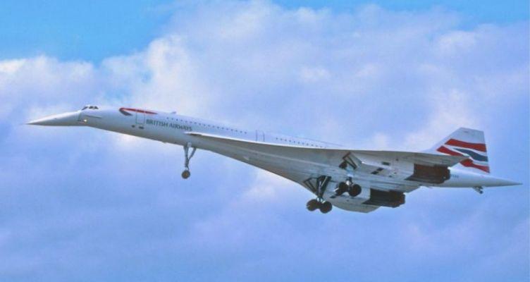 Πτήση από Αθήνα για Λονδίνο: Ο συγκυβερνήτης ένιωσε αδιαθεσία, έπεσαν οι μάσκες οξυγόνου