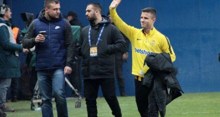 SL1 – Γήπεδο Παναιτωλικού: Χειροκρότημα των κατόχων διαρκείας σε Μαρτίνεζ